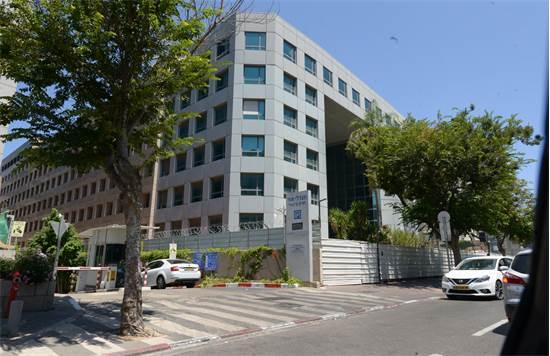 בנין שגרירות סין רחוב הברזל 29 ברמת החייל תל אביב / צילום: איל יצהר, גלובס