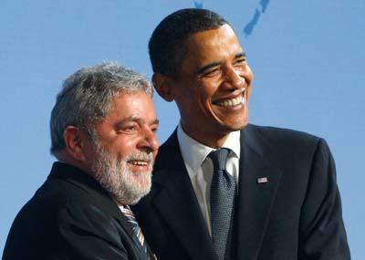 אובמה ונשיא ברזיל לשעבר לולה דה סילבה / צילום: רויטרס Chris Wattie