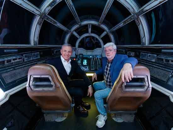 ג'ורג' לוקאס ואיגר על הסט של מלחמת הכוכבים/ צילום :  GettyImages ישראל