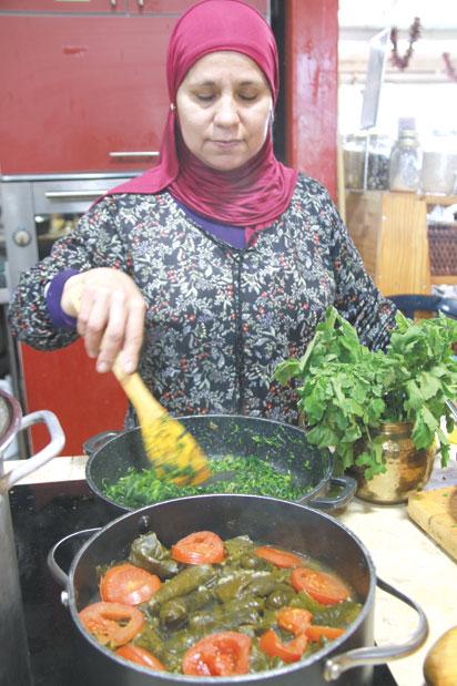 נדיה סבתאן מפרוייקט נשים מבשלות/ צילום: אורלי גנוסר