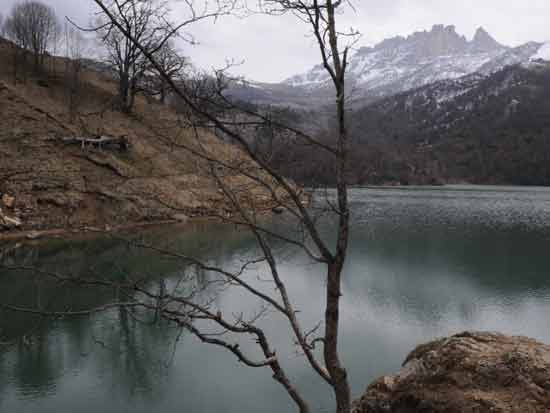 "גויגול, ""האגם הכחול"" / צילום: Shutterstock | א.ס.א.פ קריאייטיב"