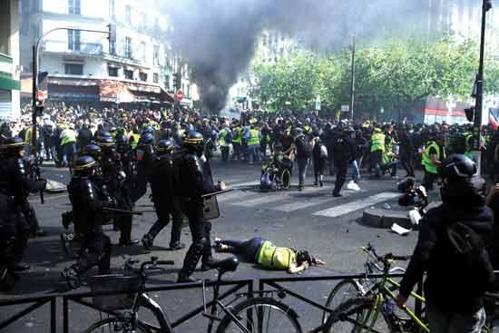 המהומות בפריז./צילום: רויטרס Gonzalo Fuentes ,