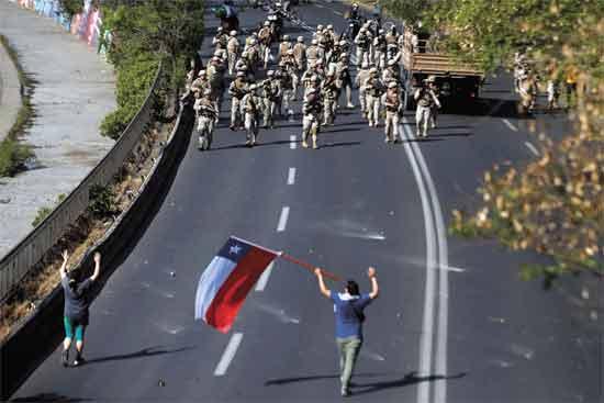 הפגנה בצ'ילה/  צילום: רויטרס