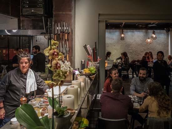 מסעדת אואזיס/ צילום:אנטולי מיכאלו