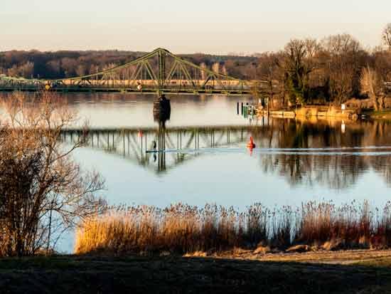 גשר גלינקה גשר המרגלים / צילום:  shutterstock א.ס.א.פ קריאייטיב