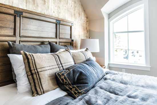 אפשר להסב משרד או מחסן לחדר שינה כדי להגדיל את מספר האנשים שהנכס יכול להכיל/ צילום: Shutterstock ס.א.פ קריאייטיב