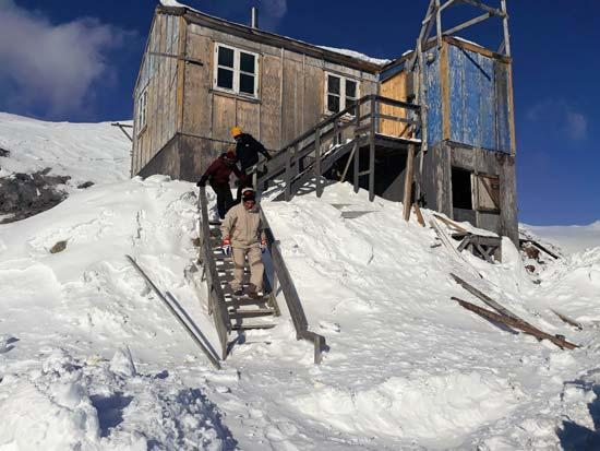 הבקתה בטיניט שנכלאנו בה בגלל סופת השלגים  /  צילום: גליה גוטמן