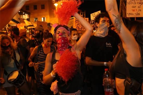 מחאה בצל הסגר: הפגנה בבלפור בצאת חג ראש השנה / צילום: יוסי זמיר