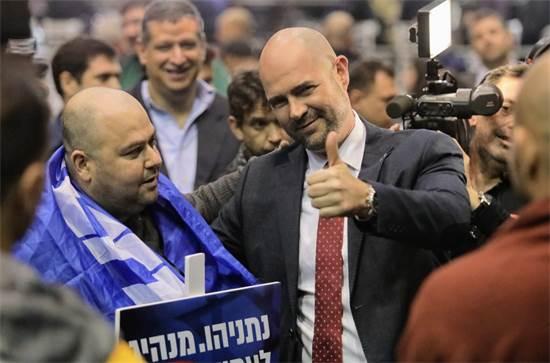 אמיר אוחנה לאחר פרסום תוצאות המדגמים / צילום: שלומי יוסף