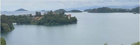 אגם קיוו, רואנדה / צילום: שלמה כרמל, עולם אחר