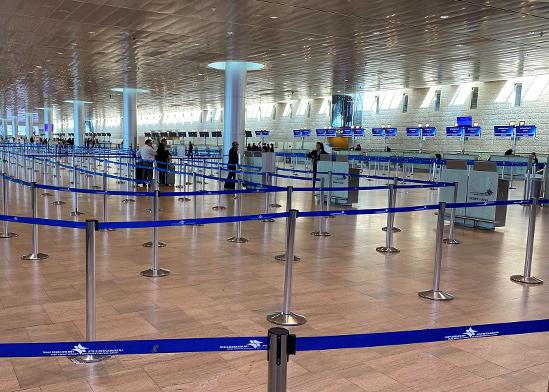 נמל התעופה בן גוריון, ריק מנוסעים / צילום: RAMI AMICHAY, רויטרס