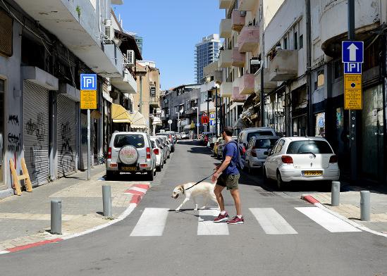 עסקים סגורים בדרום תל אביב / צילום: איל יצהר, גלובס