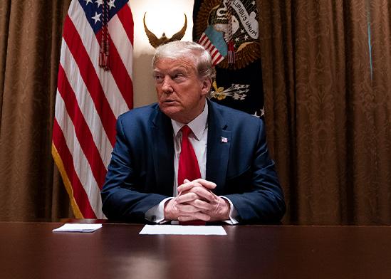 דונלד טראמפ. לתדהמת אמריקה, ובניגוד לחוקה, הוא הכריז כי הוא חופשי לאכוף את רצונו על 50 המדינות / צילום: Evan Vucci, Associated Press