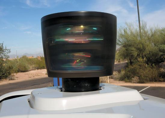 חיישן שמותקן על רכב אוטונומי של Uber באריזונה / צילום: Natalie Behring, רויטרס