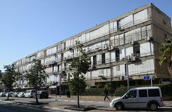 רחוב אילת 48, חולון / צילום: איל יצהר, גלובס