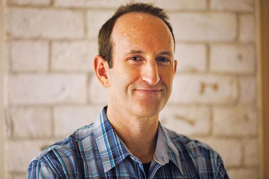 """מנכ""""ל מיי־הריטג', גלעד יפת  / צילום: Oded Balilty, Associated Press"""