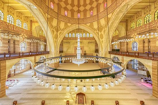 מסגד אל פתאח. מקום ל־7,000 מתפללים / צילום: shutterstock, שאטרסטוק