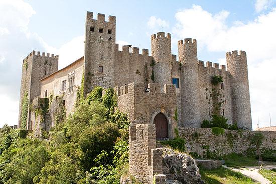 מבצר בטירת-מלון Castelo de Obidos, שבעיירה הציורית אובידוס, פורטוגל  / צילום: shutterstock, שאטרסטוק