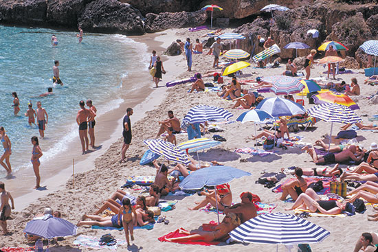 חופי מיורקה בספרד / צילום: KIKE CALVO, Associated Press