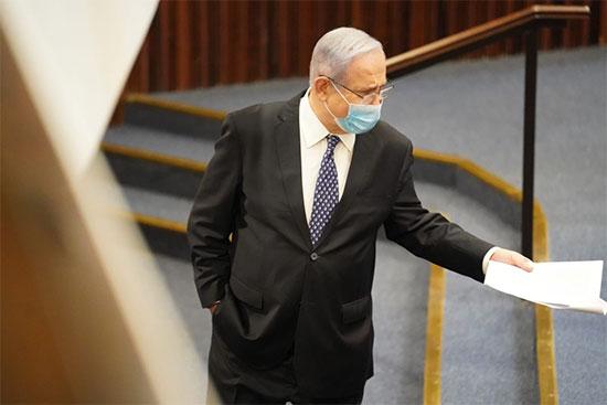 בנימין נתניהו בדיון המליאה להצבעת אישור חוק יסוד הממשלה, היום (ה') / צילום: שמוליק גרוסמן, דוברות הכנסת
