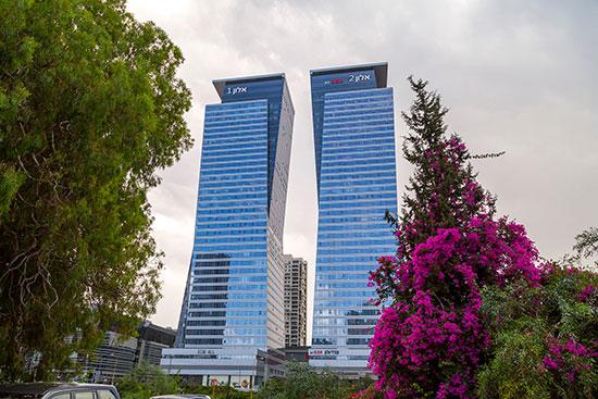 מגדלי אלון  בתל אביב / צילום: shutterstock, שאטרסטוק