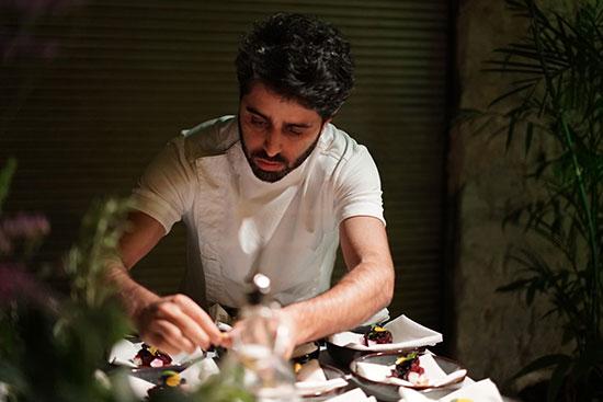 """השף מושיקו גמליאל ב'בר 51'. """"אחרי שקיבלתי עסקים בנדוניה, רציתי לעשות עסק שכולו אני"""" / צילום: אייץ'"""