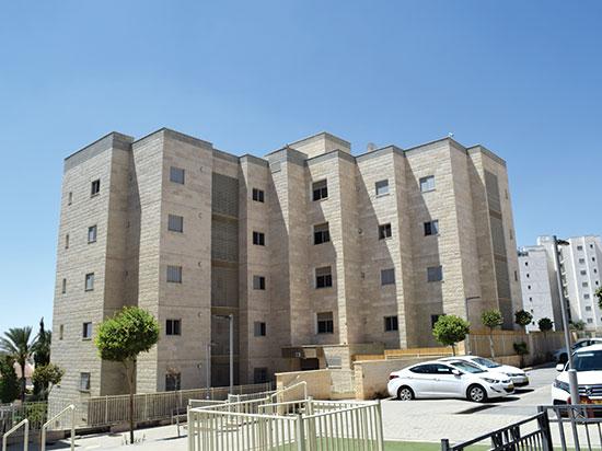 רחוב תל לכיש 10, דימונה / צילום: בר אל, גלובס