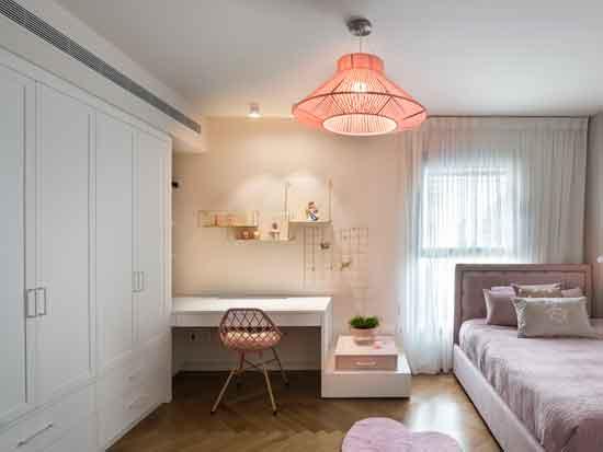 """חדר ילדה. ג""""ת חבלים: לוצ`ה תאורה. צילום: עמית גושר"""