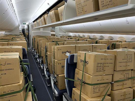 """מטען בטיסת אל על  / צילום: יח""""צ"""