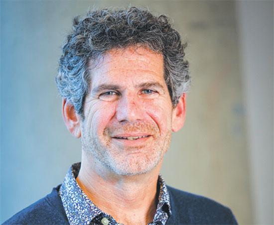 """מארק קוק, סמנכ""""ל טראקס ומנהל תחום הריטייל  / צילום: TRAX"""