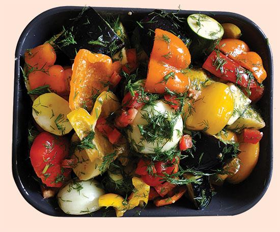 בריאם - ירקות אפויים בתנור / צילום: איל יצהר, גלובס