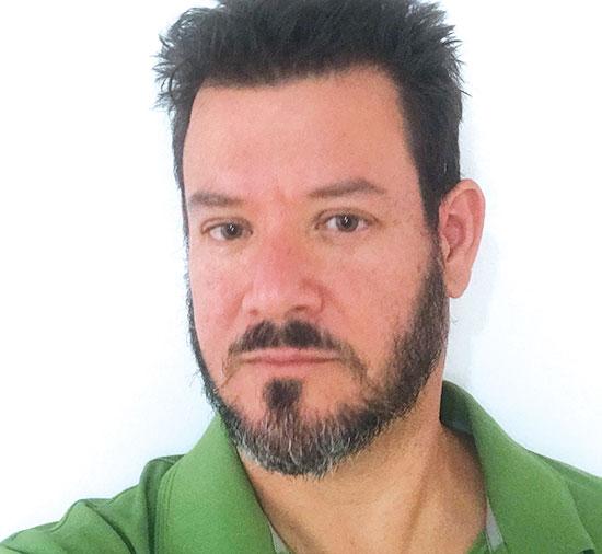 """ד""""ר אריק חשין / צילום: תמונה פרטית"""