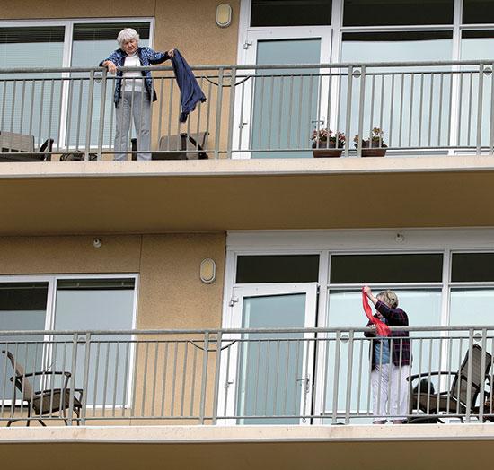 בית אבות בקליפורניה, אפריל / צילום: Gregory Bull , Associated Press