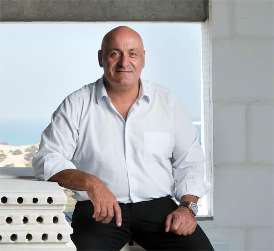 """יוסי אברהמי, בעלים ומנכ""""ל של חברת יוסי אברהמי / צילום: יונתן בלום, גלובס"""