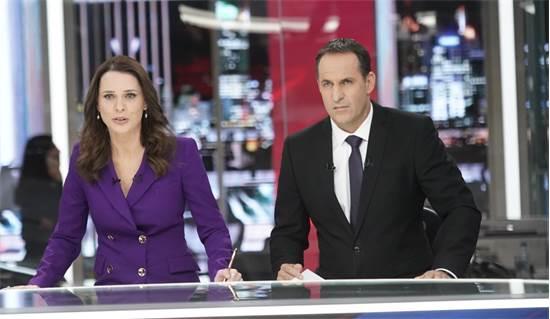 אודי סגל ותמר איש-שלום במשדר הבחירות של חדשות 13 אמש / צילום: יחצ