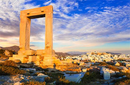 שער פורטרה הקדום באי היווני נאקסוס / צילום: שאטרסטוק