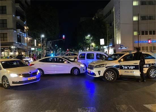 המשטרה חסמה את צעדת המפגינים ברחוב דיזנגוף בתל אביב / צילום: רועי קצירי, גלובס