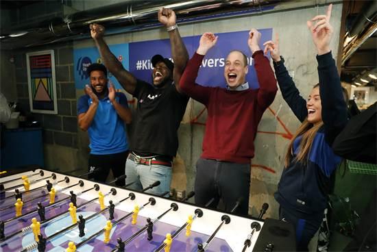 נסיך וויליאם בתגובה ראשונה מיד לאחר שקבוצתו הכדורגל שולחן שלו ניצחה בלונדון / צילום: Frank Augstein, AP