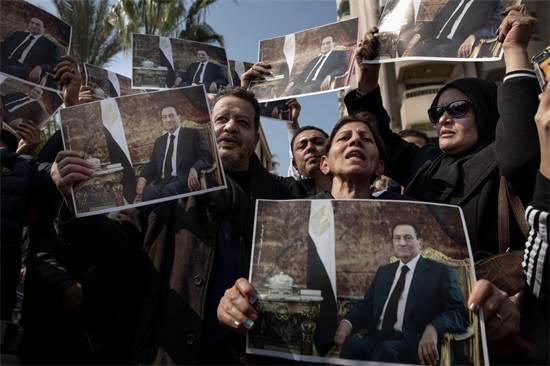הלווית הנשיא מובארק / צילום: נארימן אל-מופתי, AP
