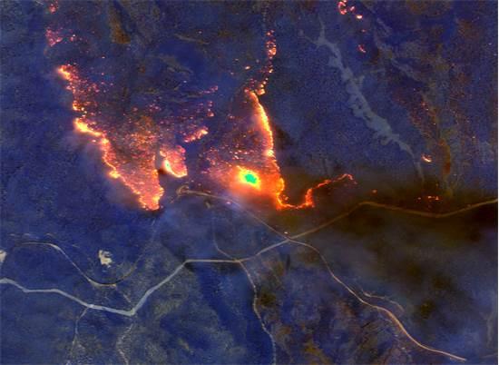 תמונות לווין מהשריפות בוויקטוריה, אוסטרליה / צילום:  Maxar Technologies, רויטרס