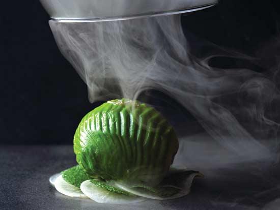 """קינוח של מסעדת כתית ז""""ל של השף מאיר אדוני / צילום: דן פרץ"""