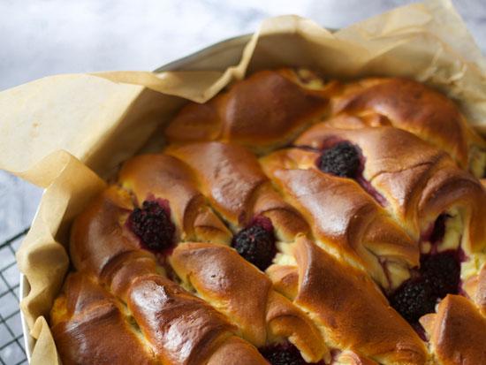 ?עוגת גביניות רכות כמו כריות / צילום: קרן אגם