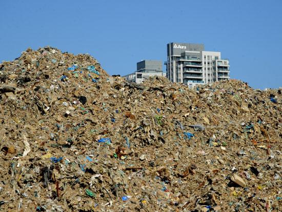 הר הזבל בנתניה / צילום: איל יצהר