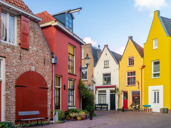רחוב בעיר העתיקה של דוונטר/   Shutterstock | א.ס.א.פ קריאייטיב