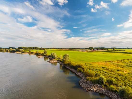 נהר האייסל בין הים הבלטי לאזור הים הצפוני /   Shutterstock | א.ס.א.פ קריאייטיב