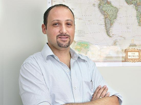 אמנון שחרור, מנכ