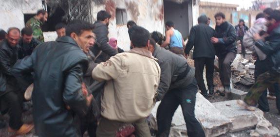 מהומות בסוריה, הפצצה בתור ללחם / צילום: רויטרס