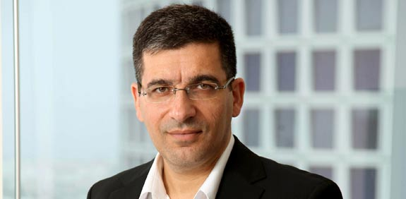"""יעקב אטרקצ'י, בעלים ומנכ""""ל אאורה ישראל  / צילום: יחצ"""