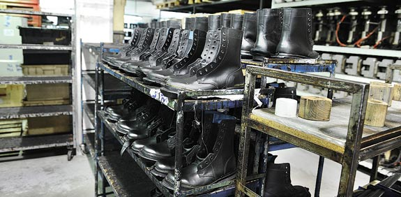 Brill army boots