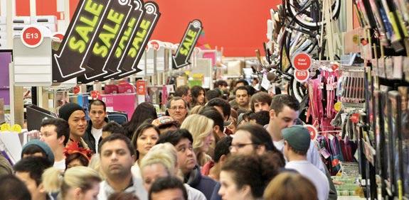 קניות ביום  שישי השחור / צילום: רויטרס